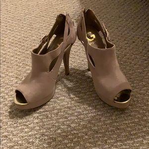 G by Guess beige heels